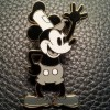 9082 - Mickey Mouse as Steamboat Willie