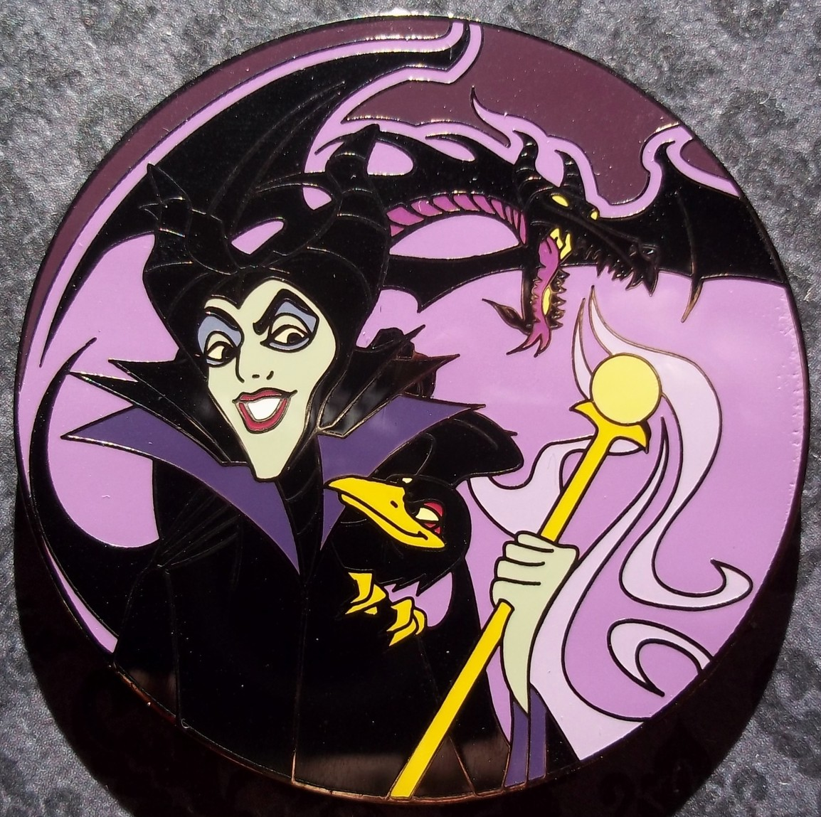 View Pin: Disney Auctions - Maleficent, Dragon and Diablo